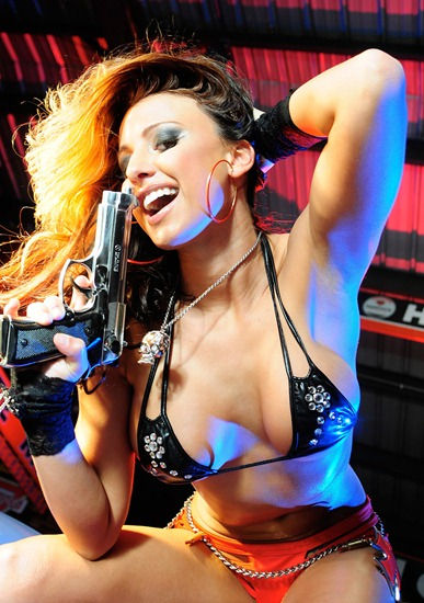 actiongirls-tiffany-ryan-playing-with-big-guns